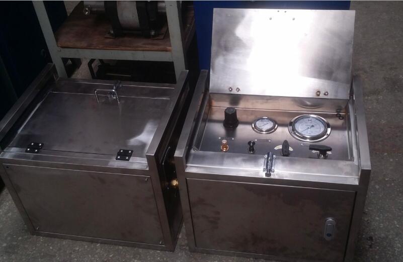 井口阀门用便携式气动试压泵|井口阀门水压试验机